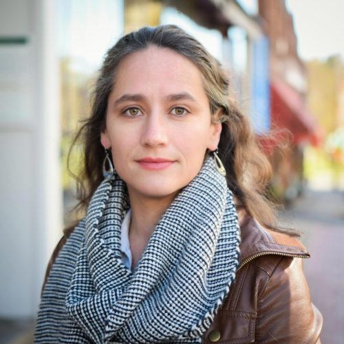 Headshot of poet Naila Moreira
